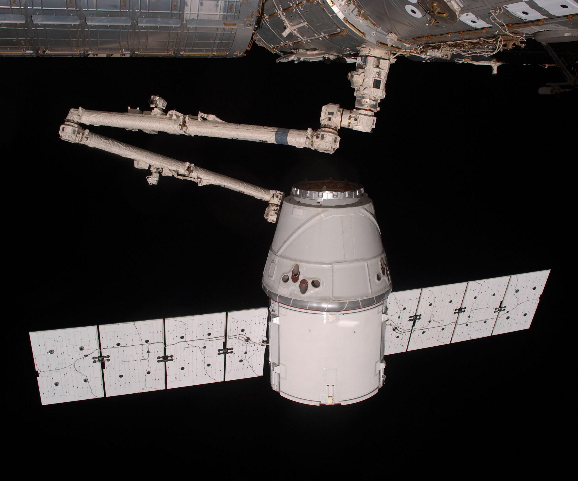 en5-spacexs-first-steps-in-conquering-mars_04