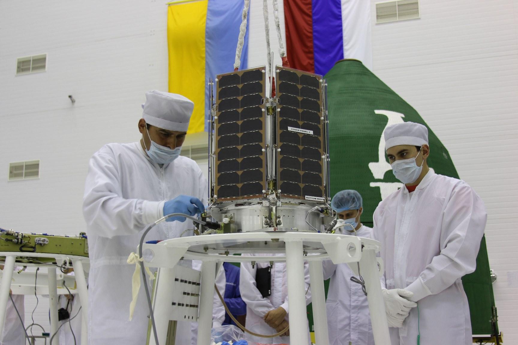 en37-pioneers-of-private-astronautics-in-russia-sputnix_06