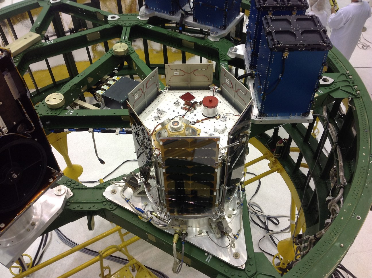 en37-pioneers-of-private-astronautics-in-russia-sputnix_07