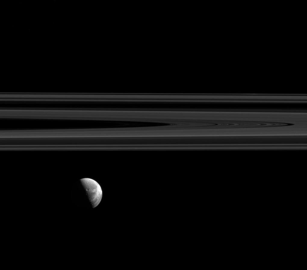 en52-moons-of-saturn_19