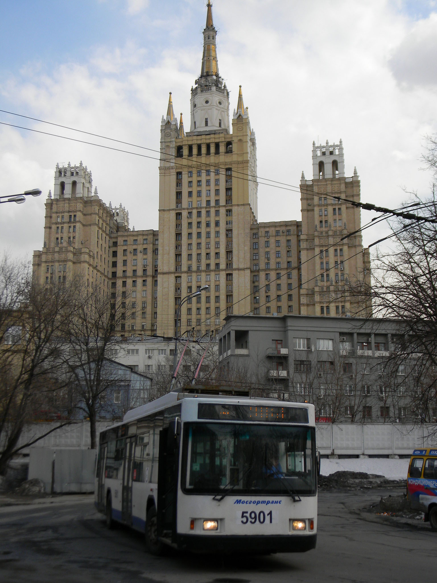 ru57-dvorec-ruin-i-primirenija_30