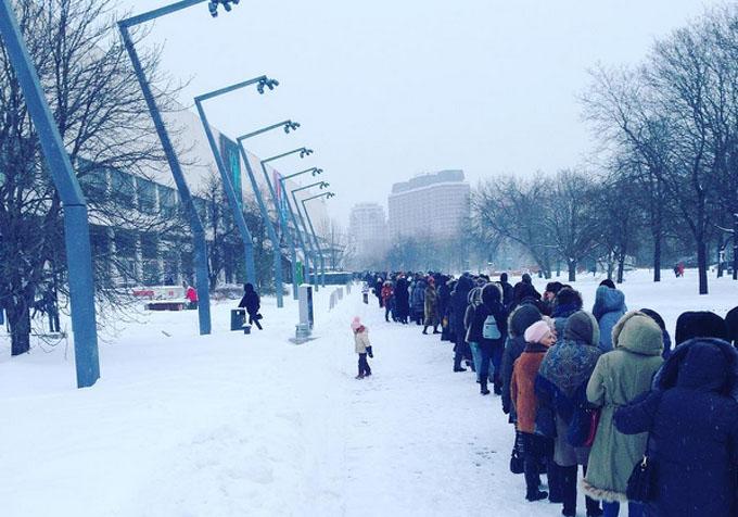 en76-russia-will-always-have-queues_10