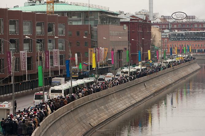 en76-russia-will-always-have-queues_12
