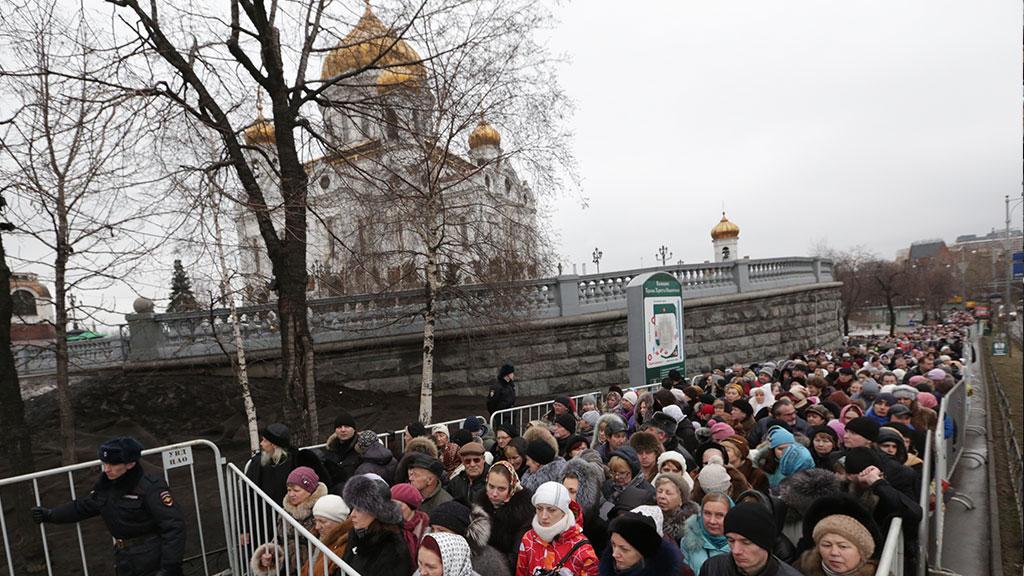 en76-russia-will-always-have-queues_18