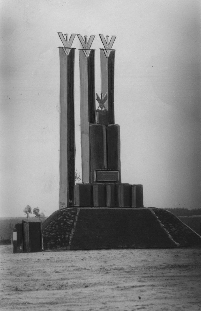 by77-davajenny-pinsk-nacyjanalnaje-adziennie-pomnik-darozie-i-demanstracyja_053