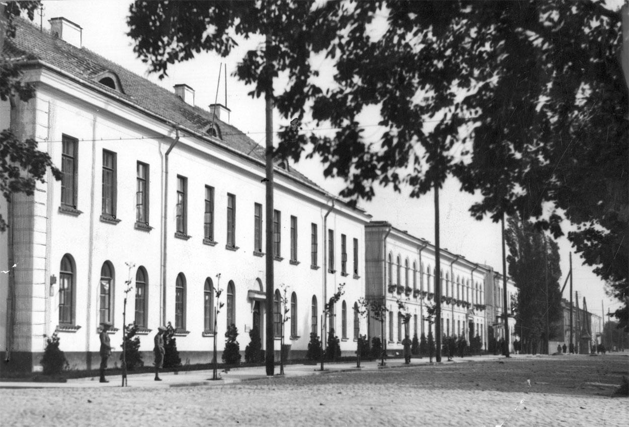 ru87-progulka-po-staromu-brestu-tsentr-krepost-i-mnogo-zaborov_25